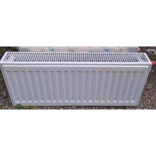Радиатор отопления панельный Uterm 22 тип 300х800 нижнее и боковое подключение (в наличии 1 шт)